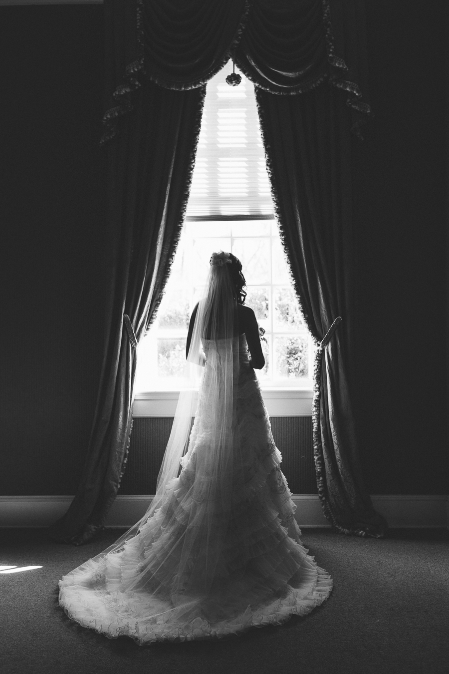 wedding, bride, bridals, black and white, vsco, gorgeous, lady, fort valley, massee lane, garden, georgia, macon, wedding photography