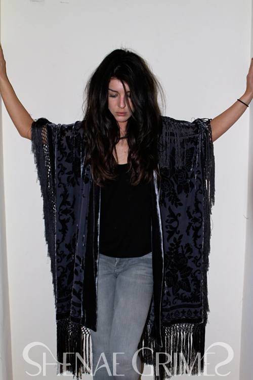 Shenae Grimes; Fashion Blogger