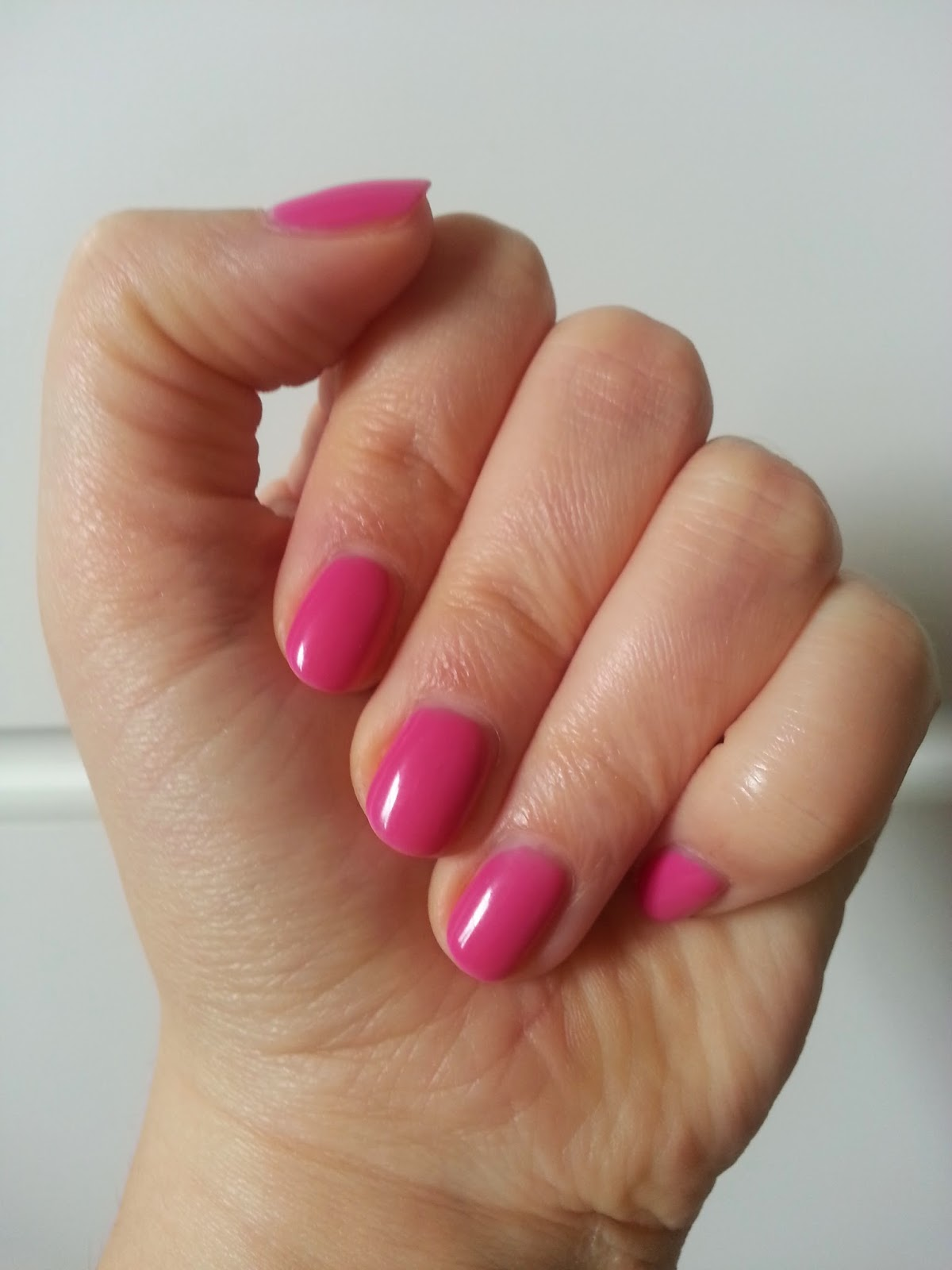 Manicure hybrydowy (shellac) BlueSky Hot Pop Pink