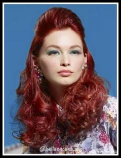 color de cabello en rojo