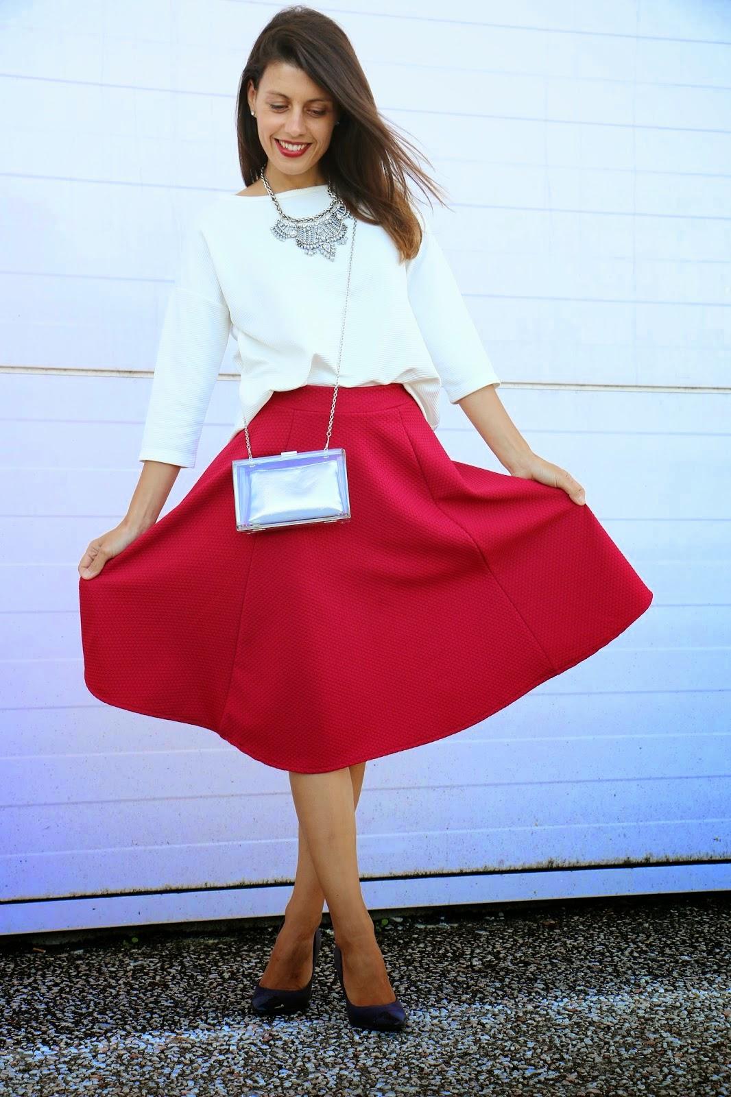 http://ilovefitametrica.blogspot.pt/2014/09/redburgundy-skirt.html