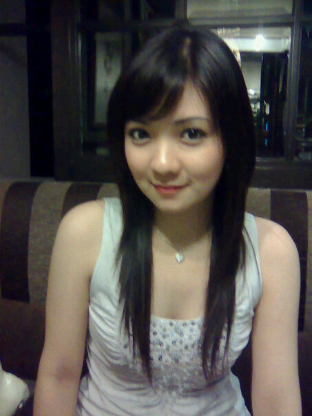 Belahan Dada Montok Wanita-Wanita Cantik Asia
