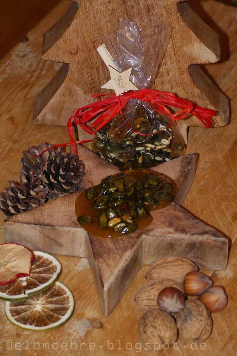 http://www.twoodledrum.de/2014/12/adventskalenderturchen-5-sandras.html