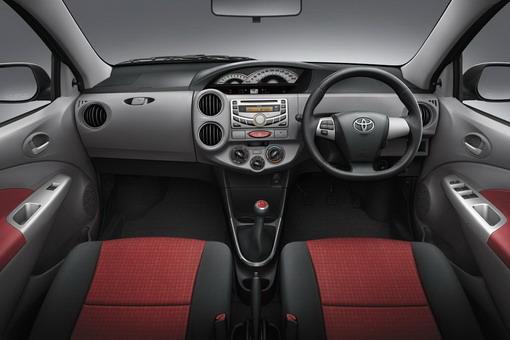 2013-Toyota-vios-interior