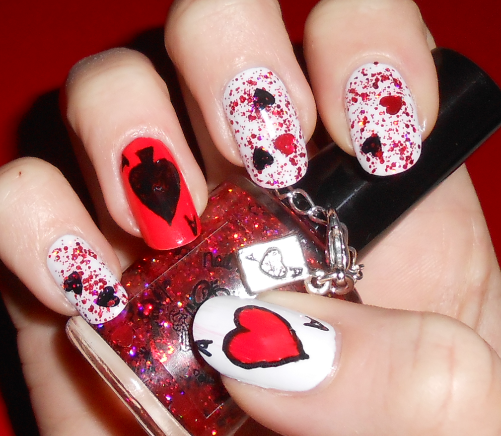 Queens nails beautify themselves with sweet nails queen of hearts nail art my mint nails queen of hearts nail prinsesfo Images