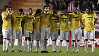 Jugadores de Brasil defendieron a su técnico
