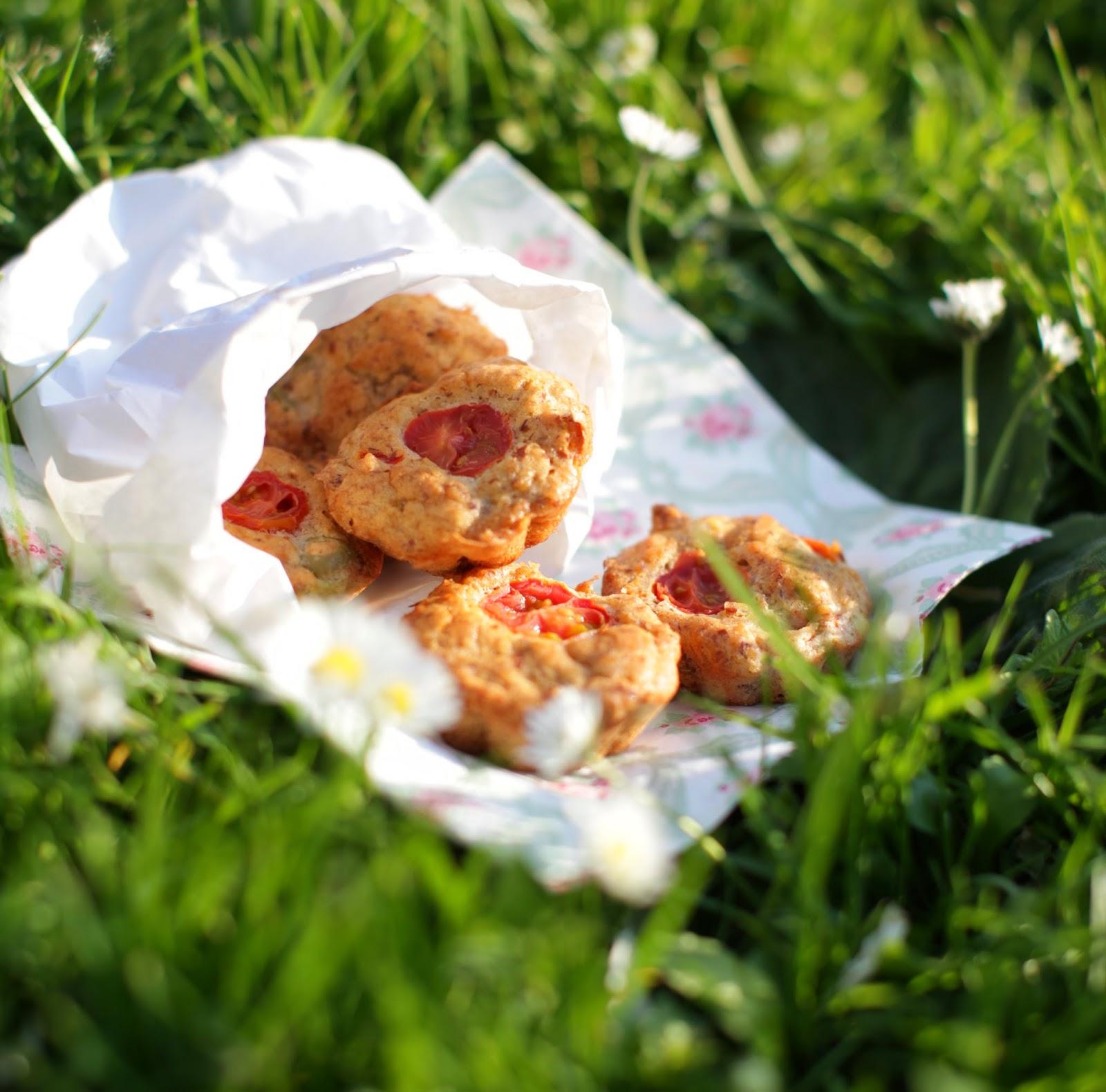 http://our-favorite-apple-pie.blogspot.com/2014/07/wytrawne-babeczki.html