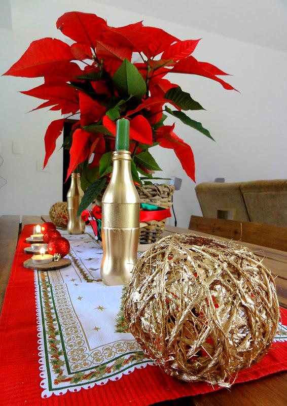 Dona de casa de primeira viagem Mesa de Natal simples