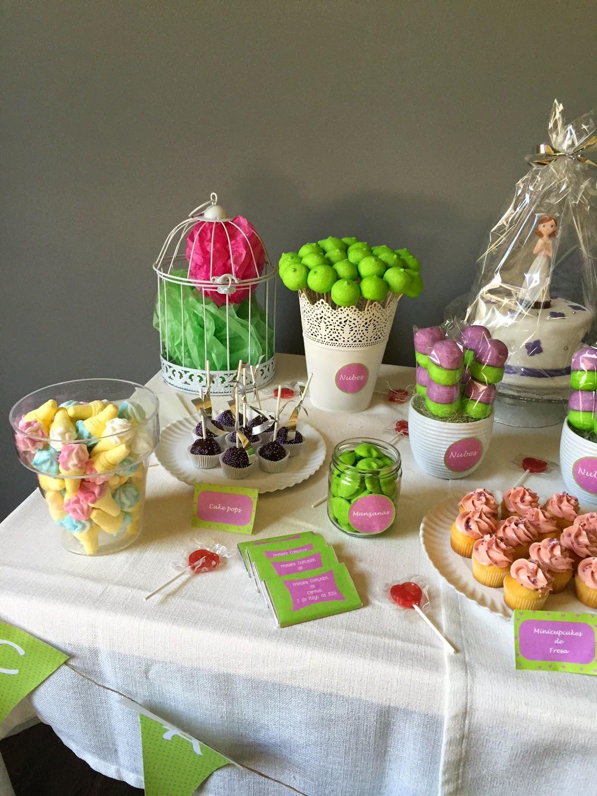 Sabores muy dulces mesa dulce para comuni n verde y morado for Mesa dulce para comunion