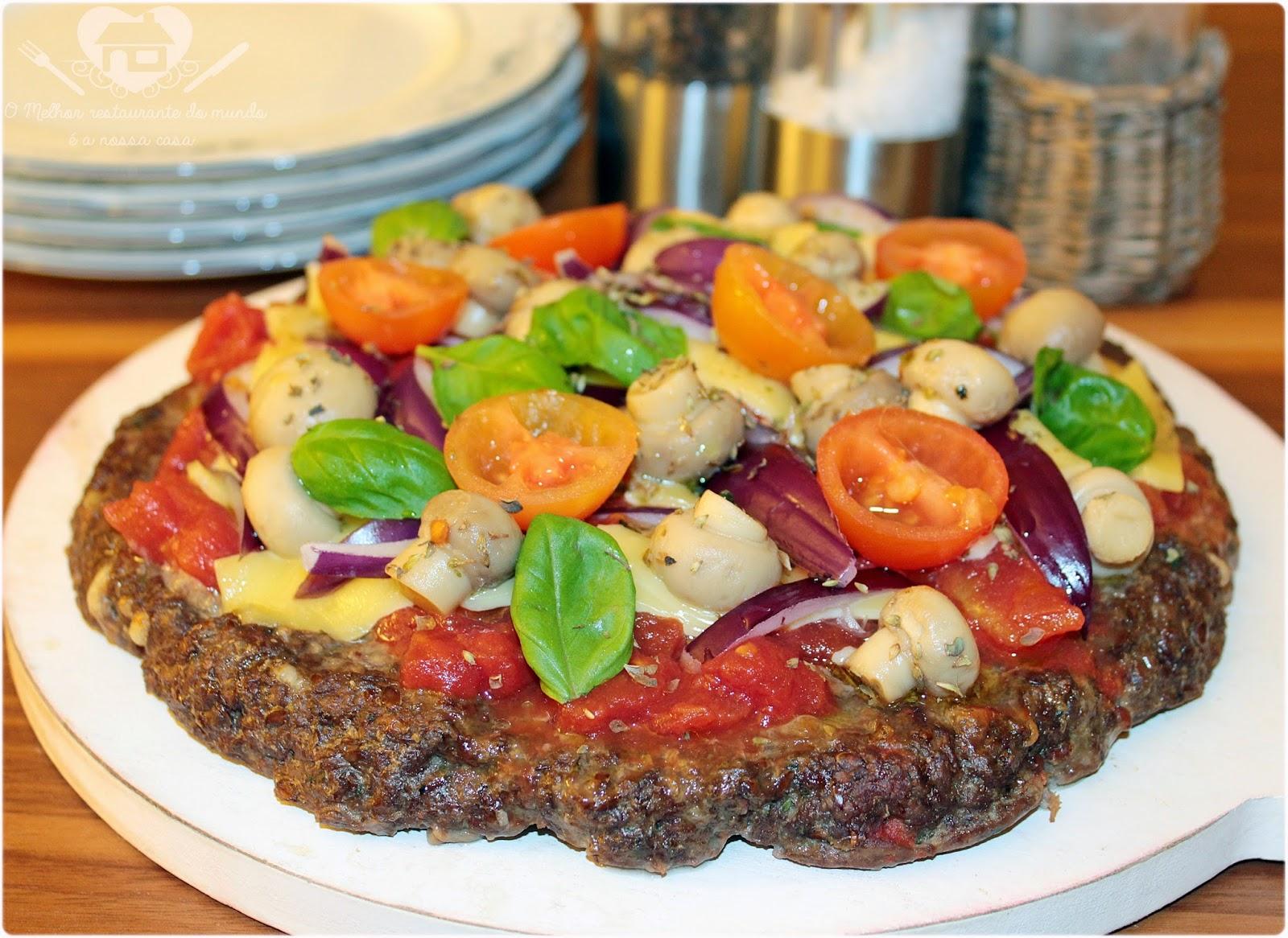 Pizza com Massa de Carne Moída da Nigella sem trigo e lactose