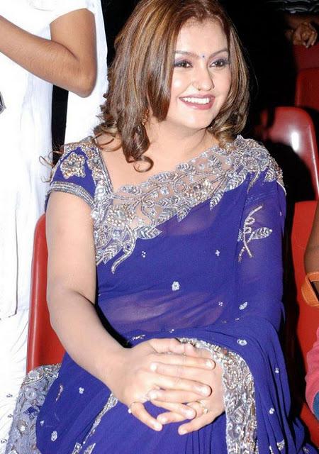 Tamil Actress Sona Aunty Latest Hot Saree Photos