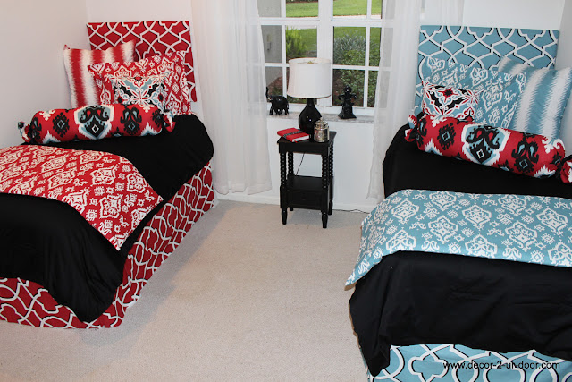Fantasy high special dorm evie and ethan showing 1 for Black and blue room designs
