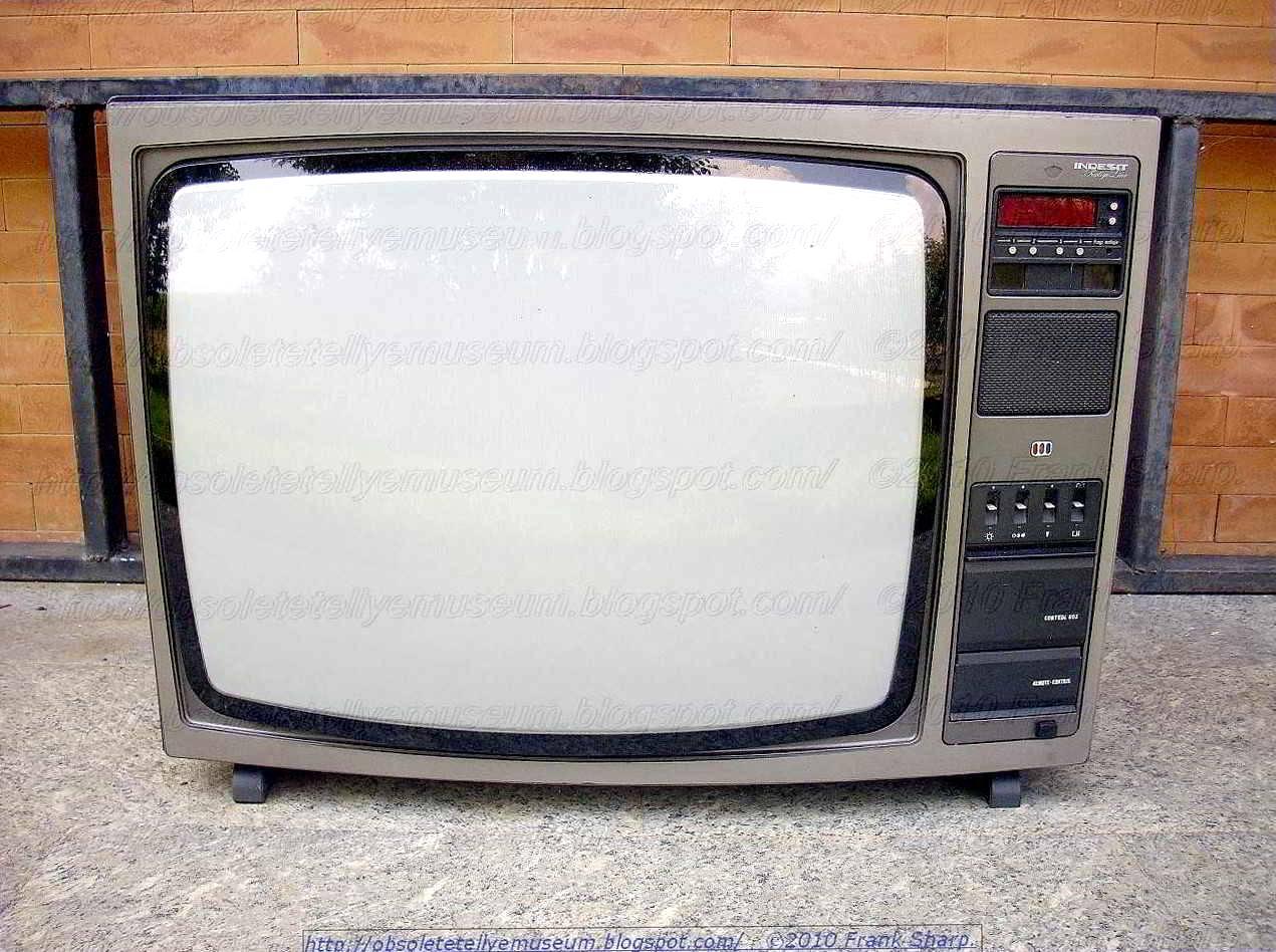 Obsolete Technology Tellye !: INDESIT TC26SIL YEAR 1979.