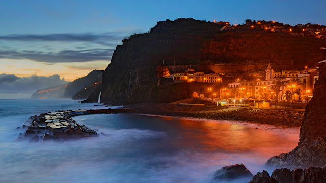 Ponta do Sol, Island of Madeira, Portugal (© Mikael Svensson/Johner/plainpicture) 620