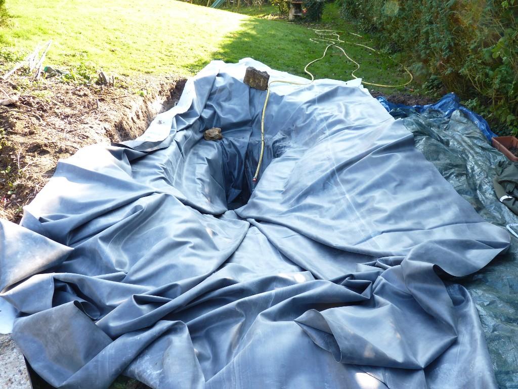 Le jardin de triton pi ce d 39 eau au jardin 2 3 for Coller bache bassin