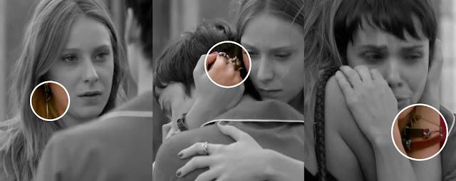 ... Skull em cena com Nina (Débora Falabella) na novela Avenida Brasil