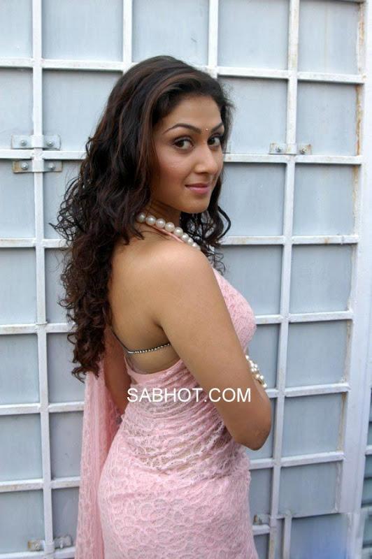 , Manjari Phadnis In Pink Saree
