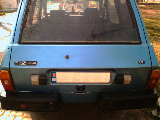 Romanian Car Aro 12 back view