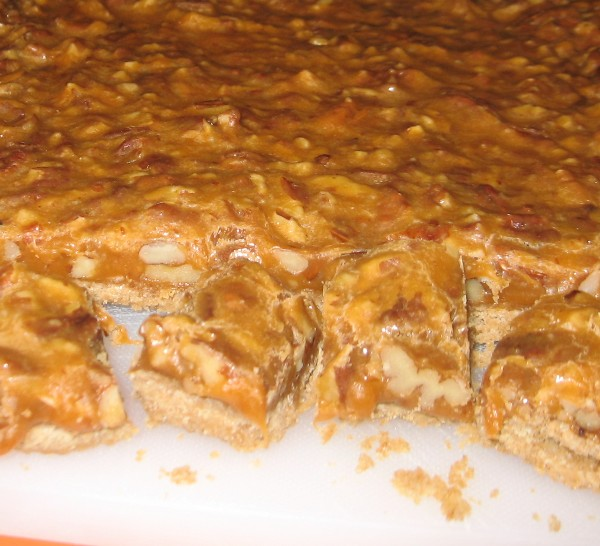 Coleen's Recipes: EASY BUTTERSCOTCH CANDY BARS