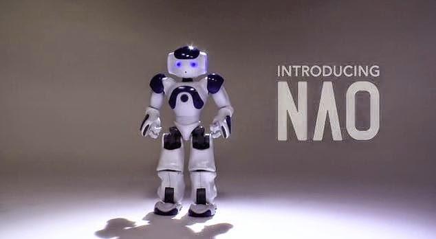 Nao robot hiring a consultant sales
