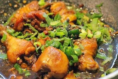 Braised Chicken with Pepper - Gà Kho Tiêu