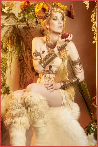Mythologie Antique Bijoux Cornes Pan Faune Bacchante Ménade Faunesse Female Faun Jewels Mythology Jewelry Mythologie Antique Grèce Ruines Rome Bijoux Faune Bacchante Ménade Faunesse Female Faun Jewels Antic Ruins Bacchus Dionysos Fantasia