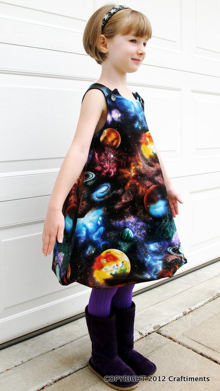 Craftiments:  Galaxy Bubble Dress sideview