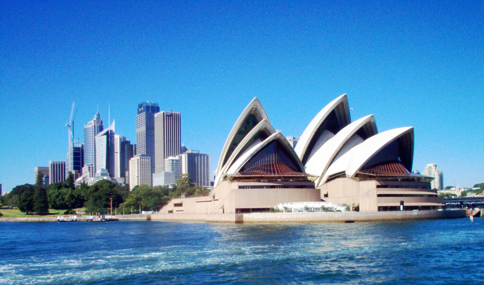 how to travel in sydney
