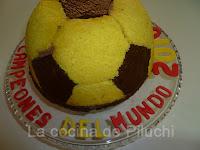http://www.recetaspasoapaso.com/2011/05/tarta-balon-javi-maldini.html