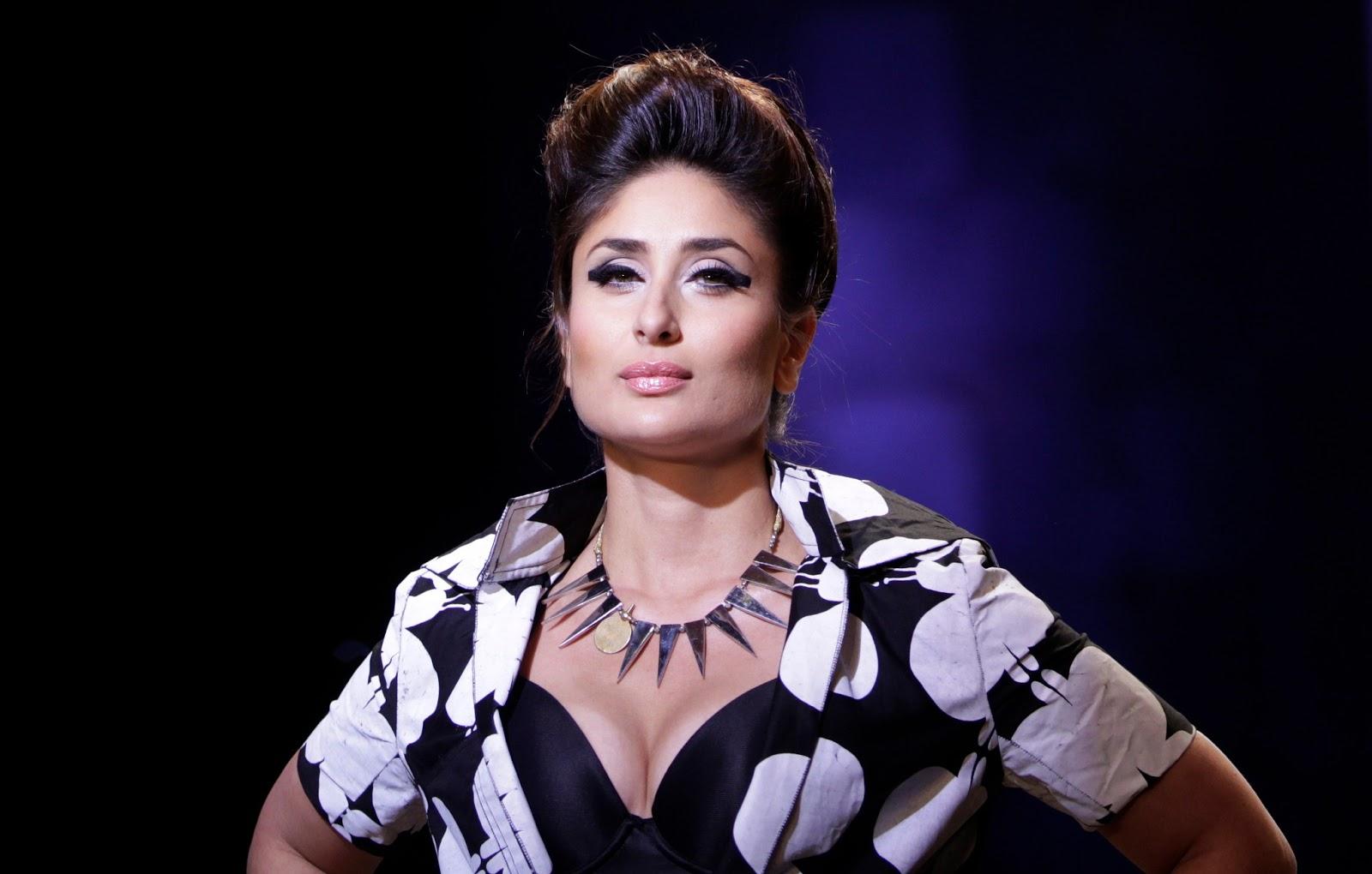 Free Download Wallpaper HD : kareena kapoor hot,kareena ... Sabyasachi Lakme Fashion Week 2013