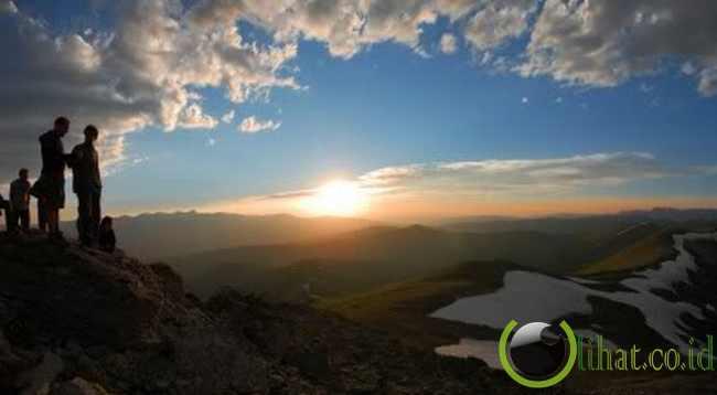 Gunung Salib Suci, Colorado