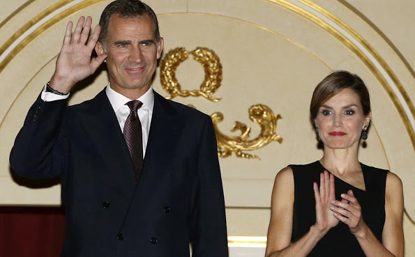 Queen Letizia And King Felipe Attended The Opening Of The Royal Theatre New Season