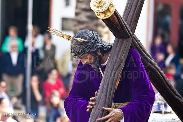 http://franciscogranadopatero35.blogspot.com/2015/05/manana-del-viernes-santo-con-la-hdad-de.html
