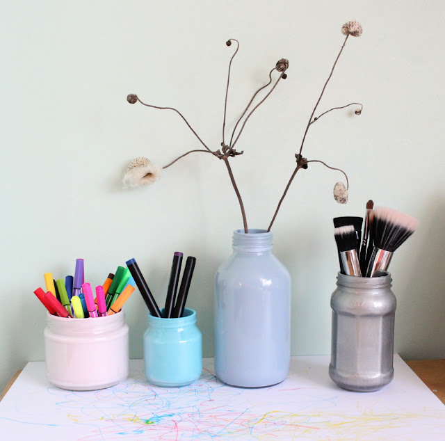 How to colour glass jars