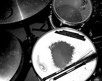 Worn snare drum image