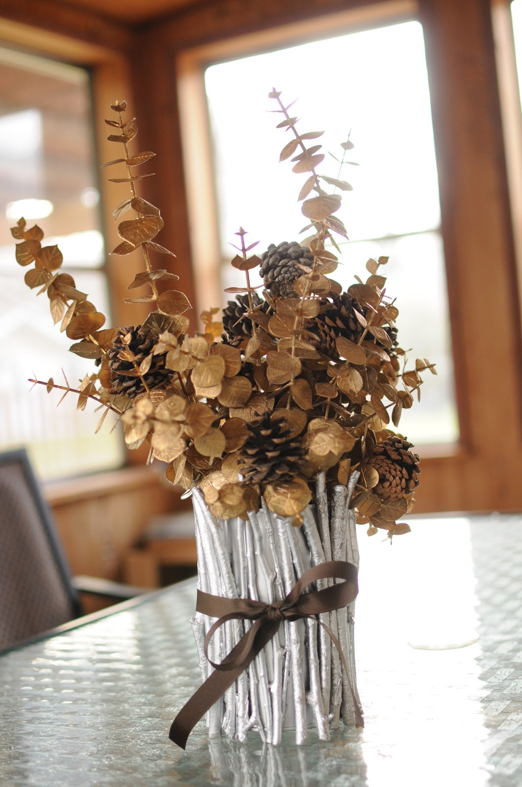 I can't stop crafting: Christmas Twig Vase