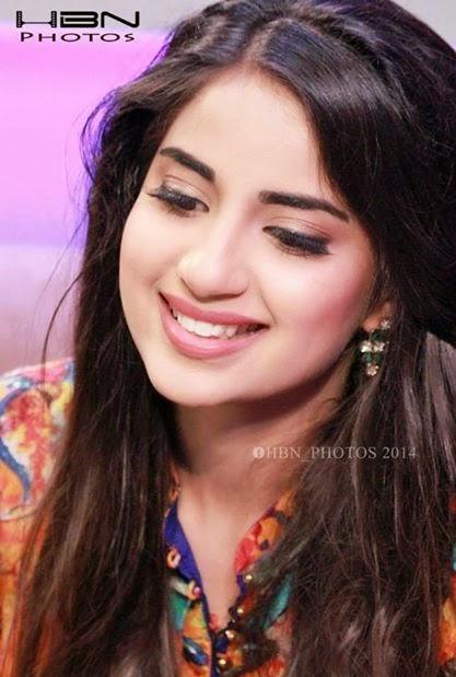 Saboor Ali Beautiful HD Wallpapers For Free Download | Cricket
