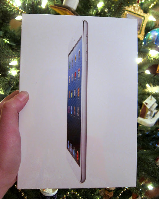 iPad mini Giveaway {Merry Christmas}