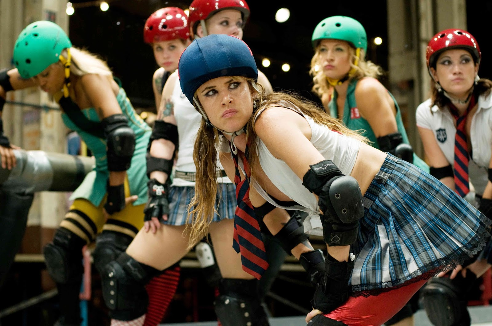Roller skating derby - Juliette Lewis As Iron Maven In Whip It