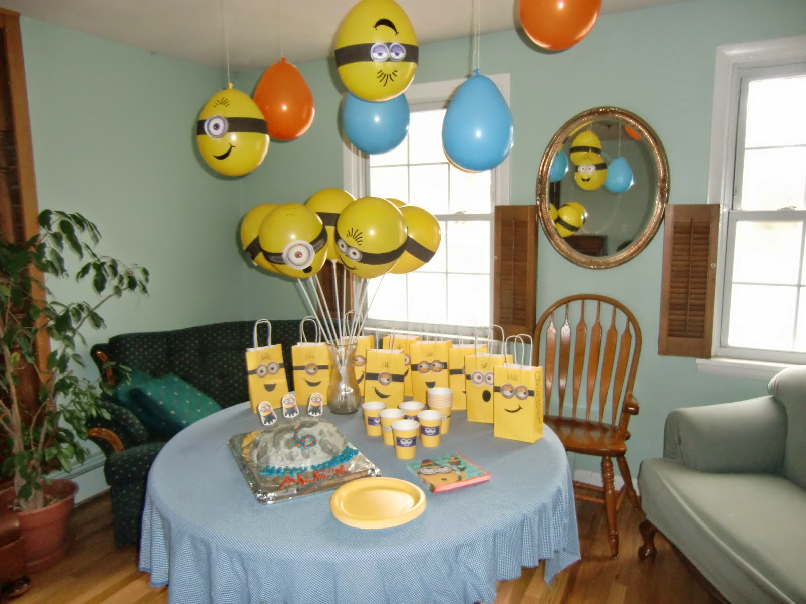 Minion Birthday Party As The Fermata Holds Alexs Minion Birthday Party