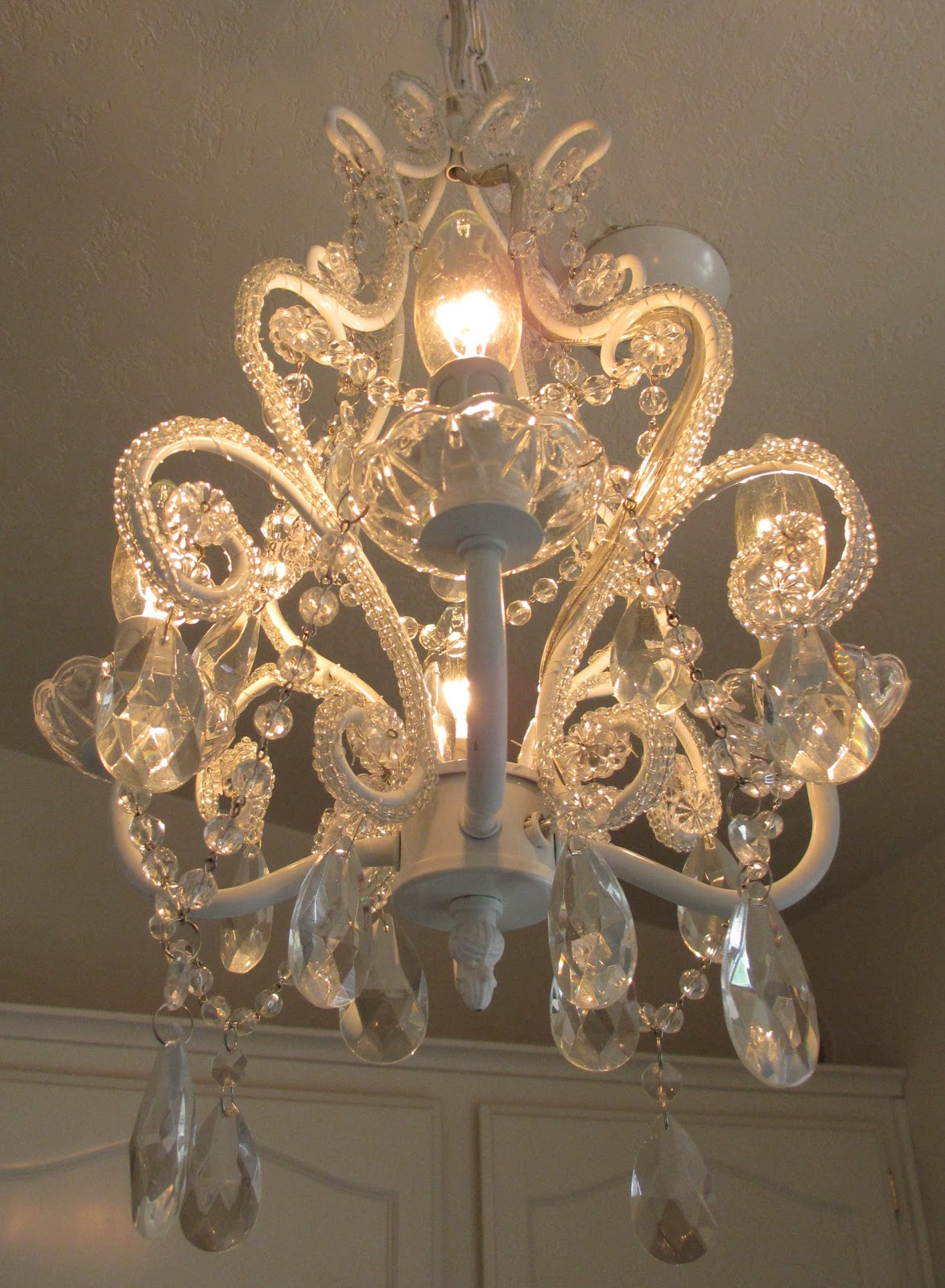 cruisin over sixty my shabby chic chandelier. Black Bedroom Furniture Sets. Home Design Ideas