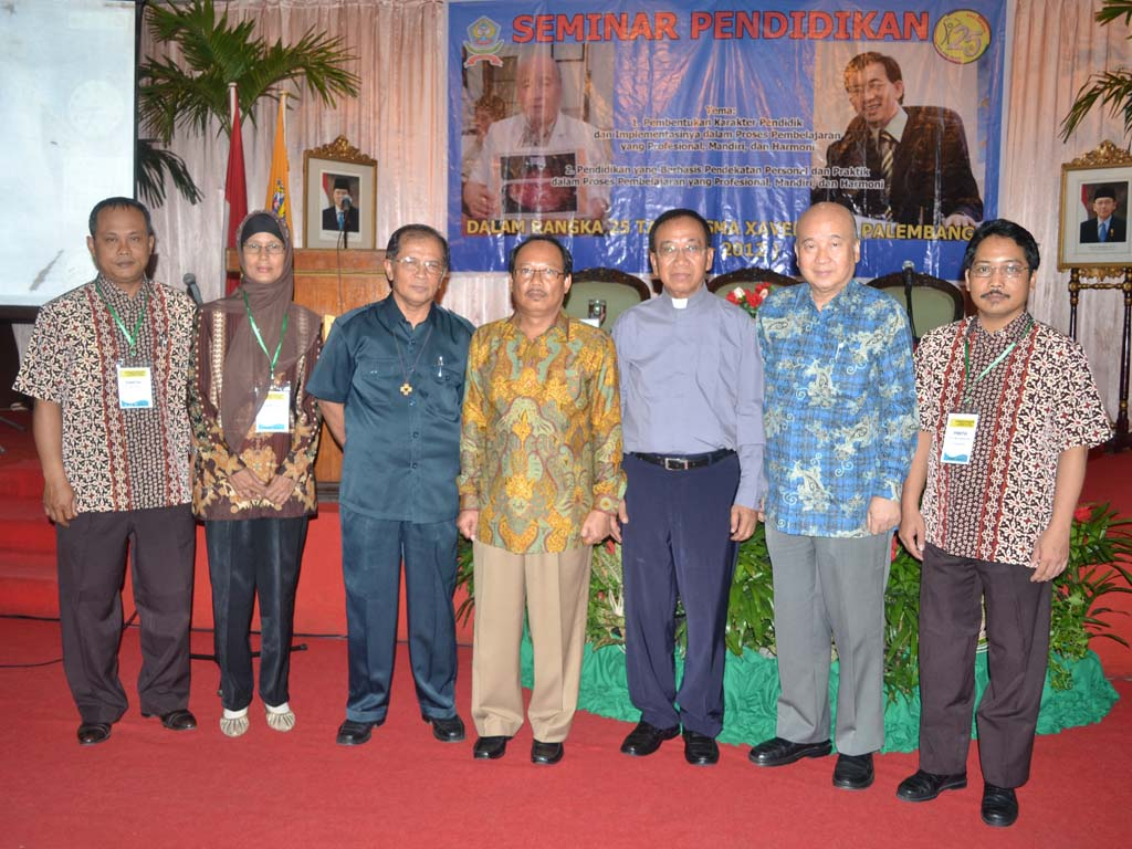 Belajar Tik Online Sma Xavega Palembang Seminar Pendidikan Dalam Rangka Pesta Perak Sma Xavega