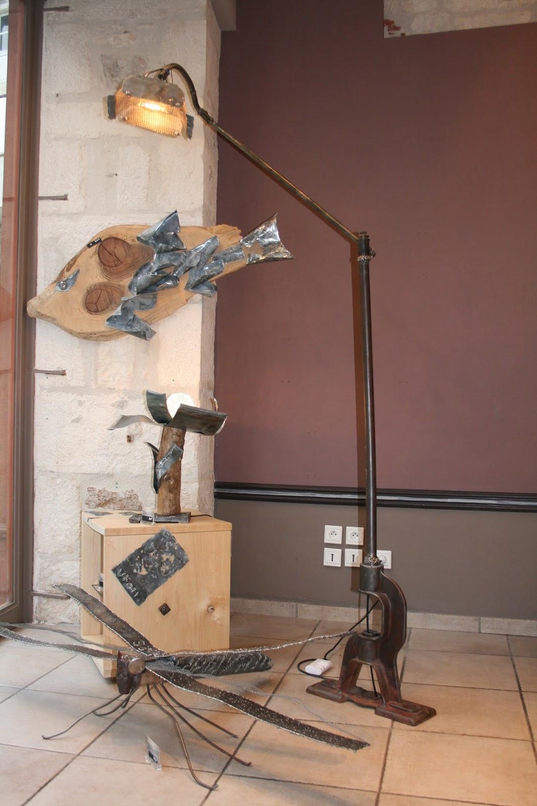 lampe d port avec articulation artcostyle. Black Bedroom Furniture Sets. Home Design Ideas