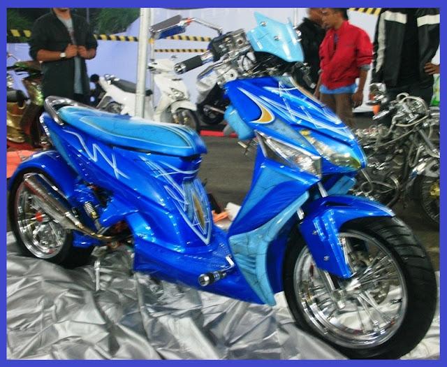 Honda Vario LowRider-Gambar Foto Modifikasi Motor Terbaru. title=