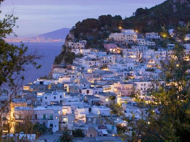 Vacanze Capri, Napoli