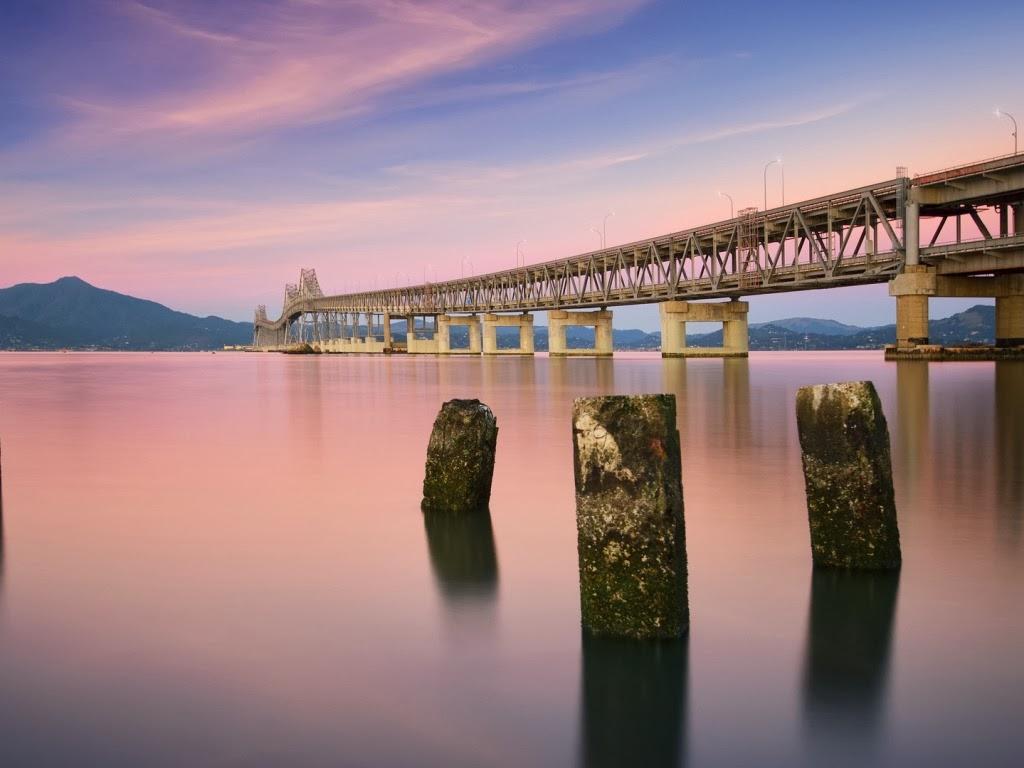 """<img src=""""http://2.bp.blogspot.com/-sdtO_8O5tY8/UtAIB4VJB3I/AAAAAAAAHho/X6ODpf7Nz3o/s1600/aaaa.jpeg"""" alt=""""bridge wallpapers"""" />"""