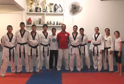 Atletas de Porto Seguro, integrantes da Seleção Baiana de Taekwondo, preparam-se para o mais importante evento da categoria: Campeonato Brasileiro Infantil, Juvenil e sub-21, que acontecerá entre os dias 12,13 e 14 de julho, em Matinhos-(PR).