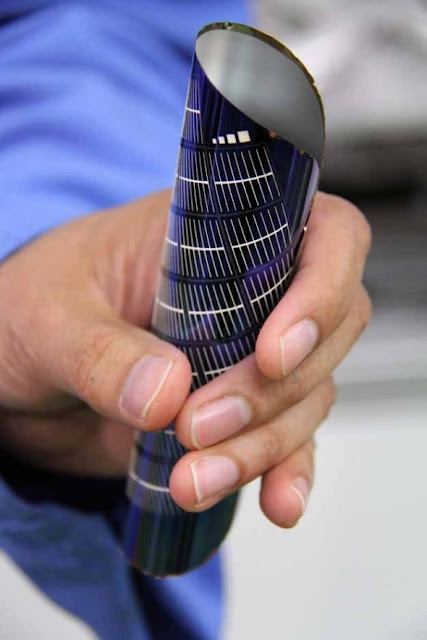 Flexible, Inexpensive Solar Panels Challenge Fossil Fuel