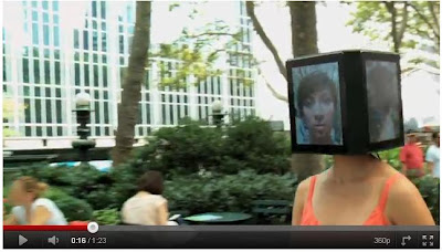 iPad頭女孩(超詭異「iPad頭女孩」)