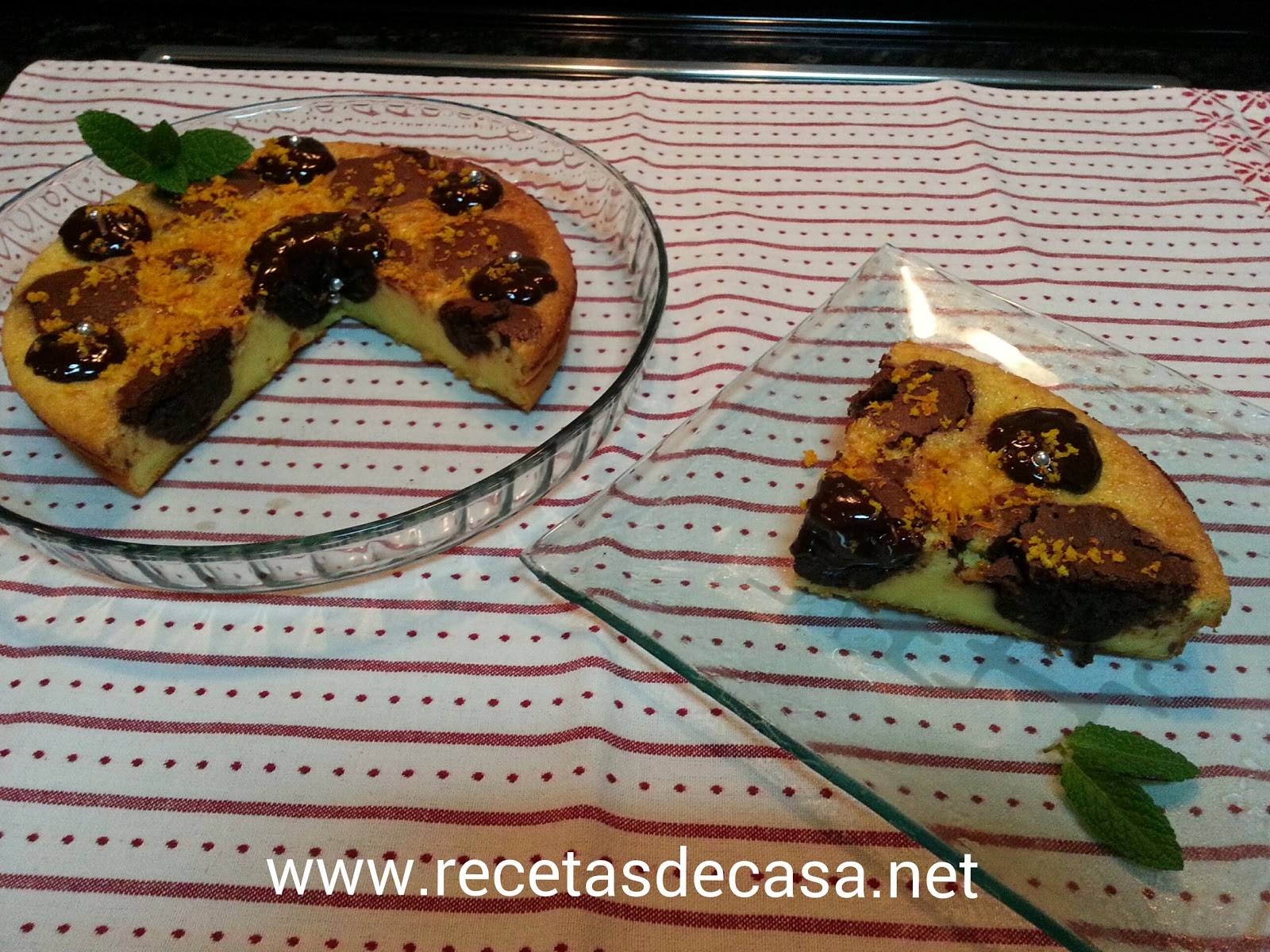 Tarta de queso con chocolate y naranja